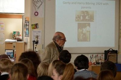 Harry Bibring talking to pupils